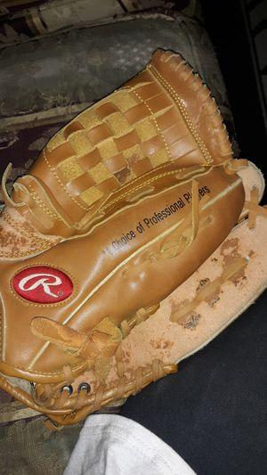Rawlings Baseball Glove for Sale in Houston, TX