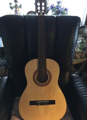 Strad-O-Lin Accoustic Guitar for Sale in Taycheedah, WI