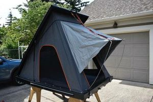 Alu-Cab Pop-up tent on top of vehicle. for Sale in Vancouver, WA