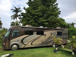 Motorhome...ENGINE FORD V10 Triton for Sale in Miami, FL
