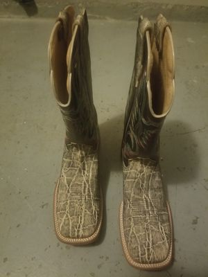 Outlaw boots 10.5 for Sale in Laredo, TX