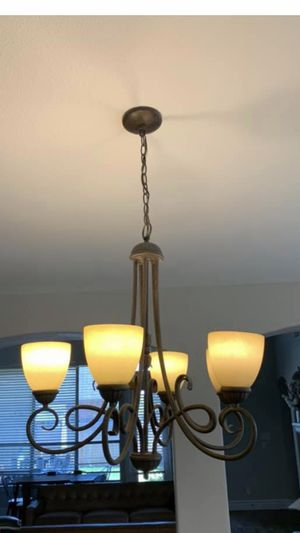 5 light chandelier hanging light for Sale in Fort Worth, TX
