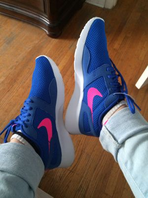 Nike shoes size 6 brand new for Sale in Nashville, TN