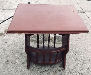 Sturdy Solid Wood End or Side Table with magazine rack bottom for Sale in Edwardsville, PA