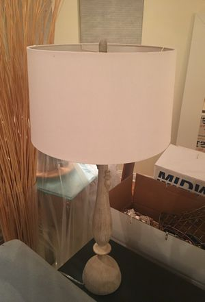 Table lamp for console table or end table for Sale in Chicago, IL