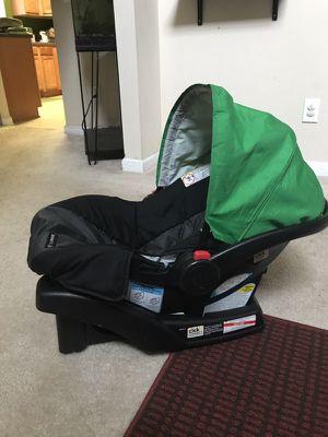 Graco Snugride 30 Car Seat, Base, and Owner's Manual for Sale in Atlanta, GA
