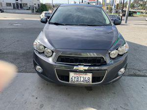 2012 Chevrolet Sonic 2012 automático 64xxx millas título limpio . Todo le trabaja al 💯. for Sale in Los Angeles, CA