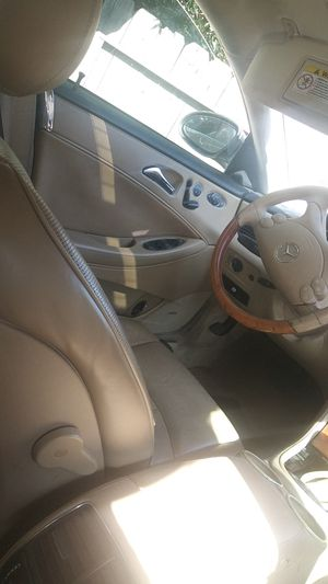 Parting out 2006 Mercedes cls 500 for Sale in Fresno, CA