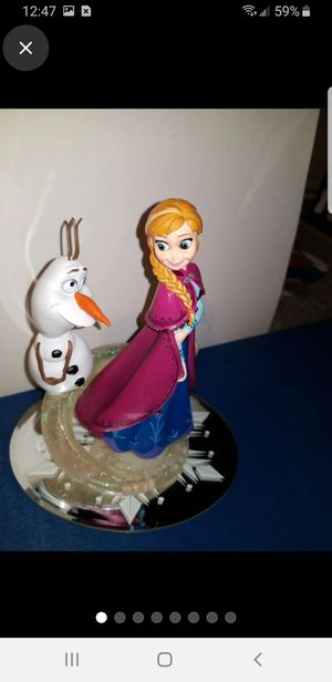 Disney frozen Anna and Olaf statue Hamilton Collection for Sale in Akron, OH