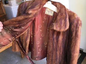 Vintage Fur Coat for Sale in Pismo Beach, CA