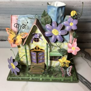 Tiny home 🏡 candle decoration 🌻 🦋 for Sale in San Fernando, CA
