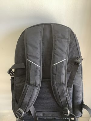 Kenneth Cole laptop backpack for Sale in Los Angeles, CA
