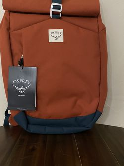 New Osprey Arcane Roll Top Backpack 22L Orange & Blues for Sale in Phoenix,  AZ
