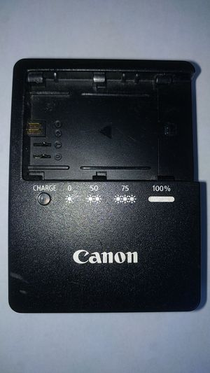 CanonLC-E6 Charger for LP-E6 Battery Pack for Sale in Santa Cruz, CA