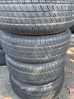 Tires 205-60r15 Michelin for Sale in Anaheim, CA