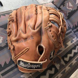 Vintage MacGregor MG65 Deep Grip Leather Baseball Glove RHT for Sale in Henderson, NV