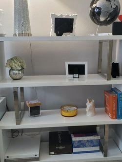 Modern Shelf For Sale!! for Sale in Huntington Beach,  CA