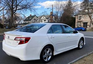 Very Nice 2010 Toyota Camry FWDWheels for Sale in Las Vegas, NV