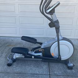 Elliptical Nordictrack for Sale in Rodeo,  CA