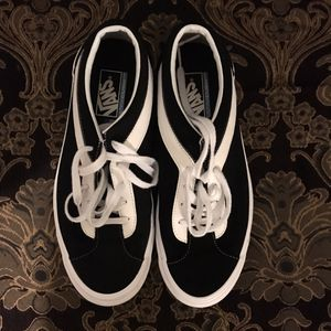 VANS Bold NI Men's 9.5 shoes for Sale in Garden Grove, CA