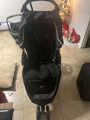 Britax B-Agile Jogger Stroller with Car seat and Extras! for Sale in Queens, NY