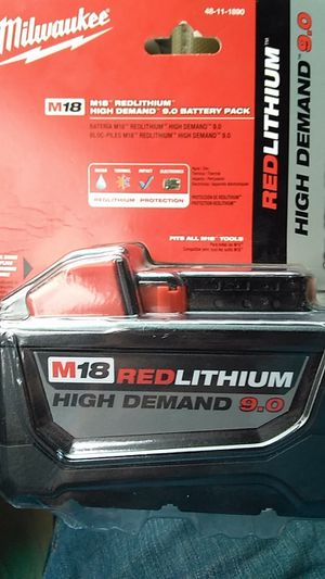 9.0 battery milwaukee for Sale in Charlotte, NC