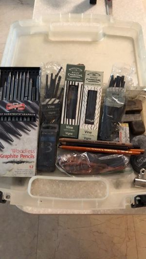 Artist charcoal and graphite art supplies for Sale in Oakland Park, FL