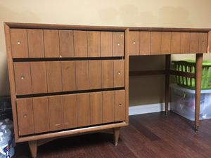 Desk with four drawers. for Sale in Silver Spring, MD