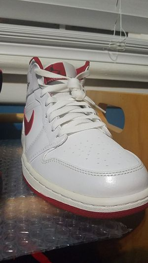 Air Jordan 1 White Gym Red (Size 10.5) for Sale in Wasco, CA