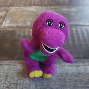"1990s Mini 5"" Barney and Friends Plush Beanie for Sale in Sloan, NV"