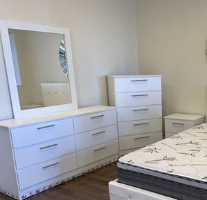 New Dresser. Mirror. Chest. One nightstand. Delivery for Sale in Fort Lauderdale, FL