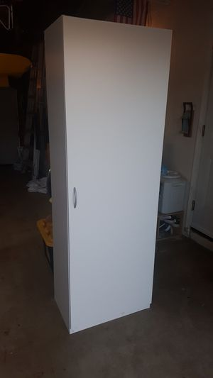 Cabinet shelves storage for Sale in Norco, CA