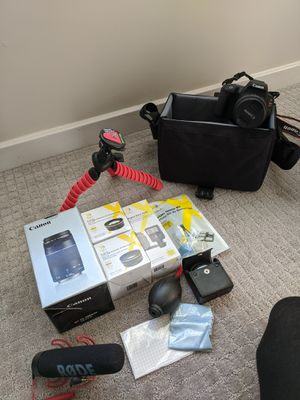 Canon EOS Rebel SL2 with bundle for Sale in Raleigh, NC