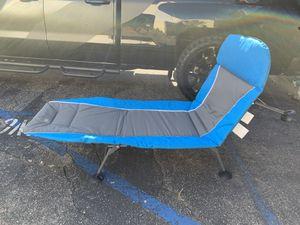 Cama camping nueva !!!! for Sale in Huntington Park, CA