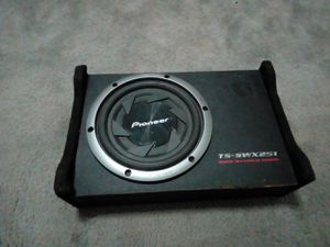 Pioneer subwoofer and box TS swx251 for Sale in Grand Prairie, TX