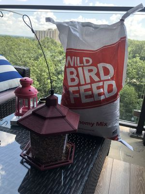 Bird Feeder for Sale in Alexandria, VA