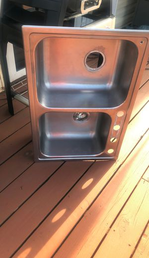 Kitchen sink for Sale in Streamwood, IL