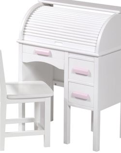 Kids Desk And Chair Roll Top, Omg I Got Scammed Just Now, Please Don't Give Out Your Phone Number And Don't Give The Codes To Them. Scammer Melody for Sale in Tampa,  FL