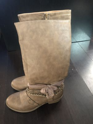 boots for girls size 2 for Sale in Indianapolis, IN