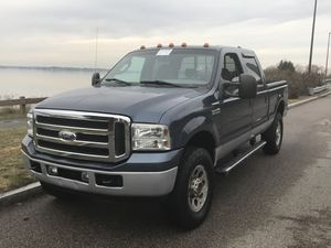 2005 Ford F-350 4x4 crew cab for Sale in Quincy, MA
