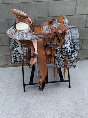 Montura bordada hecha en mexico 🇲🇽 for Sale in Inglewood, CA