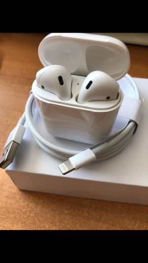 Airpods earbuds earpods for Sale in Miami Beach, FL