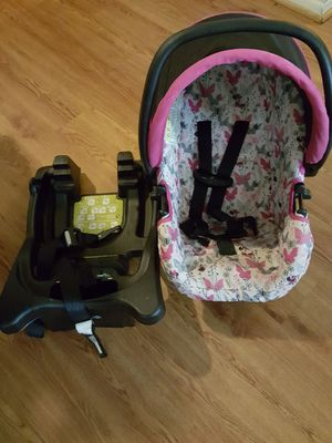 Minnie Mouse Car Seat for Sale in Richmond, VA