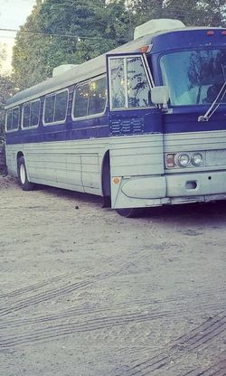 1963 GM PD4106 Coach Bus/ Rv for Sale in American Fork,  UT