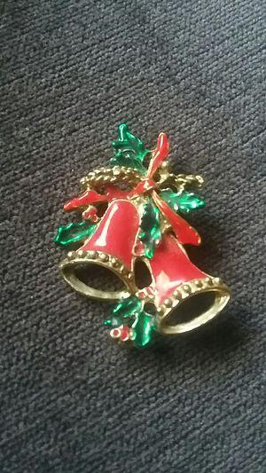 VINTAGE CHRISTMAS BROOCH PIN for Sale in Las Vegas, NV