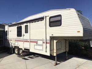 1993 wilderness 29 ft RV 5 th wheel for Sale in Orange, CA