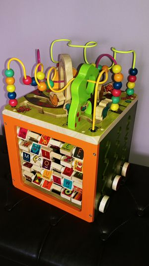 Big Wooden Activity Cube for Sale in Everett, WA