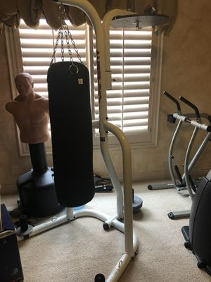 Heavy bag and speed bag stand. for Sale in Las Vegas, NV