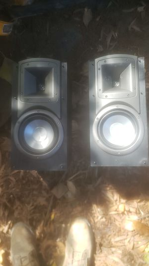 Klipsch bookshelf speakers for Sale in San Pablo, CA