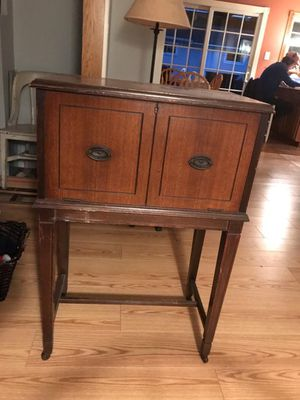 Antique victrola record cabinet bar for Sale in Bensalem, PA